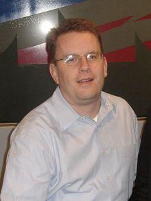 Ex adjunto de Rahm Emanuel y actual responsable del NDI, Tom McMahon estuvo en Francia para organizar las elecciones primarias del Partido Socialista.