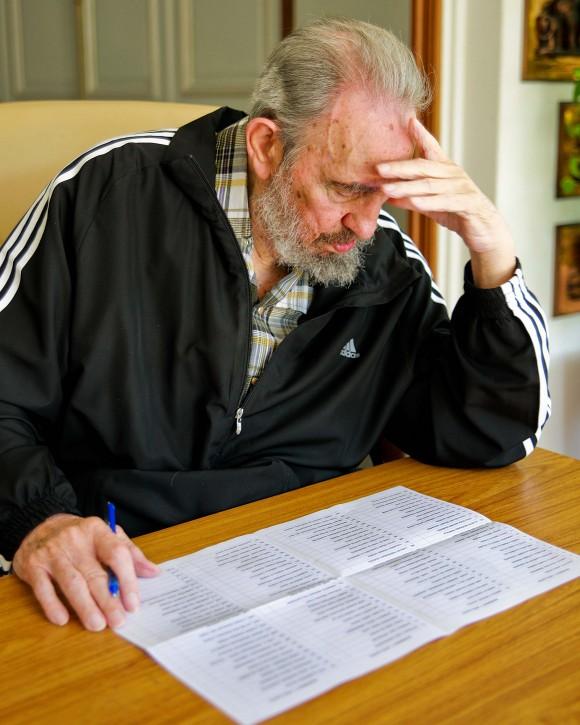 Fidel vota por el nuevo Comité Central del Partido Foto: Alex Castro/Cubadebate