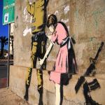 Banksy, ciudad de Belén, en Cisjordania (Palestina) 2007, Foto Adam Reynolds, El País.